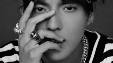 Chinese entertainer Kris Wu signs international agreement with Universal Music Group