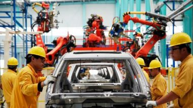 Industrial robot sales in China hit record high