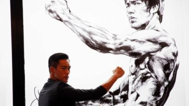 Bruce Lee commemorated at Hong Kong comic-con