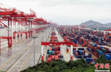 China's foreign trade volume reaches record high in 2018
