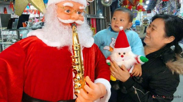 China's relationship with Christmas