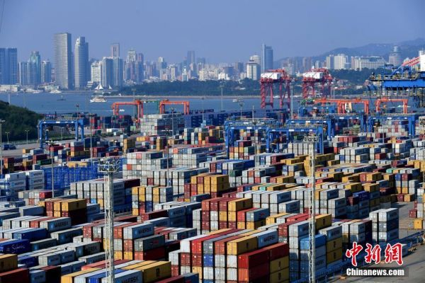 China's trade surplus with US hits new record in September
