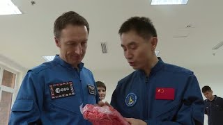 Chinese and ESA astronauts come together for sea survival training